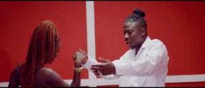 Video: KoJo Antwi - Akyekyede3 Nante3 (ft. StoneBwoy)